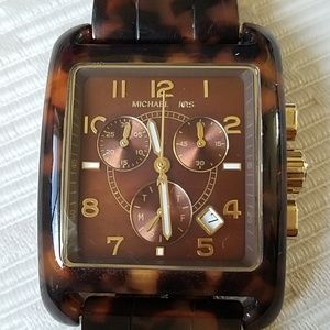 Beautiful MICHAEL KORS tortoiseshell watch